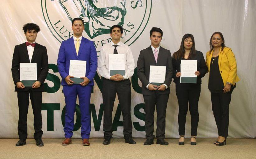 Santo Tomás hizo entrega del Código de Ética a alumnos de Administración