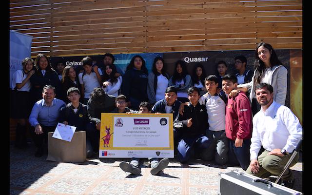 Estudiantes del Colegio Adventista visitaron centro astronómico en premiación de concurso de micro ensayos